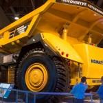 Komatsu ra mắt xe tải lái 4 bánh