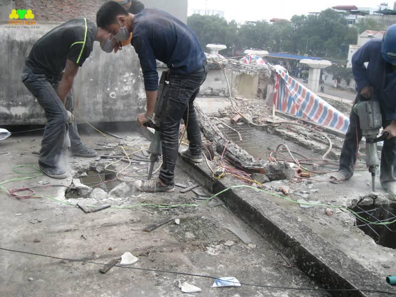 Phá dỡ nhà cũ tại Ngõ 148 đường Hoàng Hoa Thám – Ba Đình – Hà Nội
