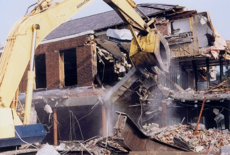 Phương pháp thi công phá dỡ nhà cũ tại Hoàng Hoa Thám