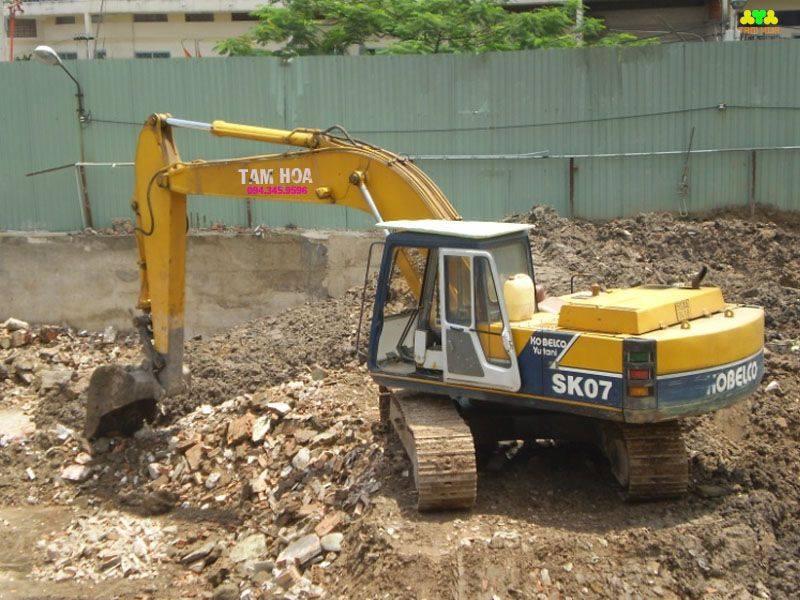 Vận chuyển đất thải đào móng tại hà nội