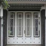 Cửa sắt 4 cánh đẹp hiện đại giá rẻ bất ngờ tại Hà Nội