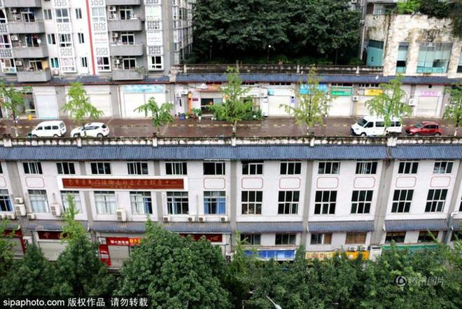 xây đường trên nóc nhà