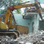 Phá dỡ nhà, đào móng nhà giá rẻ tại Hà Nội